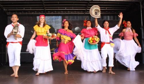 bailes-tipicos_41_1758370815